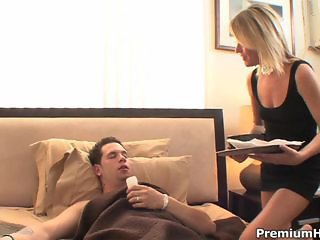 Sexy hot milf Jessie Fontana seducing younger guy with strong shaft