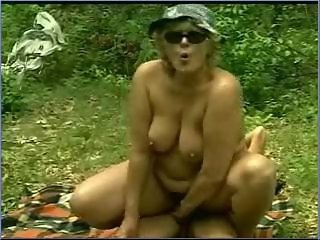 Amateur Chubby Mature Outdoor Riding