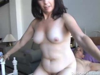Amateur Chubby Mature Older Riding Wife