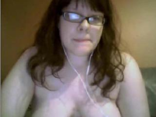 20yo chubby girl big tits masturbates on webcam Sex Tubes