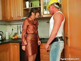 Handy man loves the feet of his mistress tubes