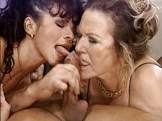 Blowjob Granny Threesome