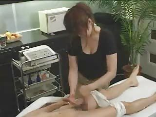 Japanese massage 02 %20 female masseuse with guy