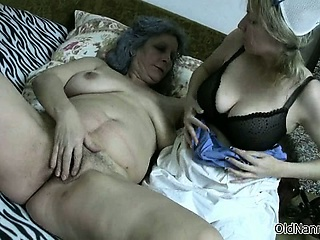 Sexy blonde babe gets her Bristols sucked part3