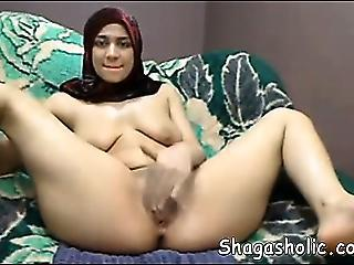 Arab Girl Masturbates On Web Cam -