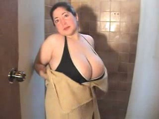 Amateur  Big Tits  Natural Showers