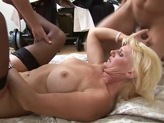 francesca, mature blonde fuck double penetration