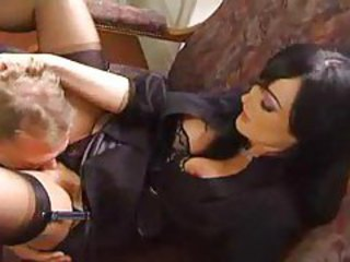 He goes down on the hot Melissa Black tubes