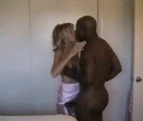Cuckold Interracial Kissing  Wife