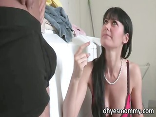 extremely impressive sexy mature stepmom fucks