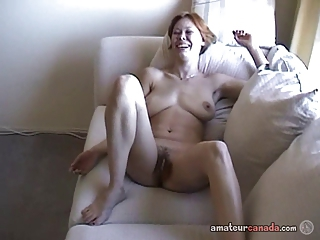 Busty wifey Canadian Cassie amateur porn hairy