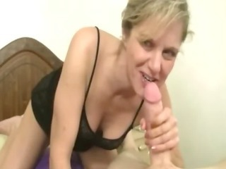 older sticking a dick deep in her oral and hands