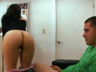 "Amateur Mom Riding Young"" target=""_blank"