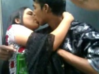 "Indian lovers kissing n Boobs squeeszing front of friends"" target=""_blank"