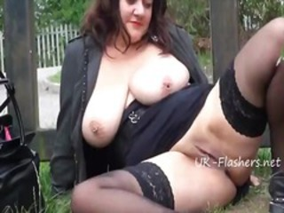 Big Tits British European Mature Natural Outdoor Public Pussy  Shaved Stockings