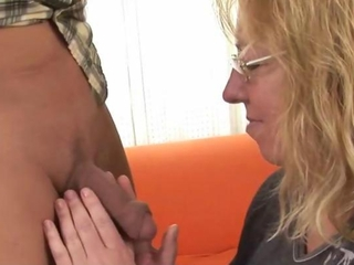Granny mature is giving a blowjob