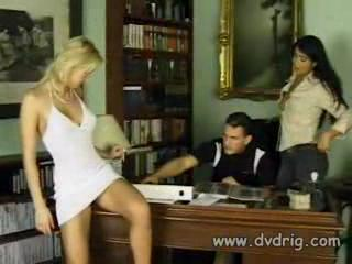 Babe Office Threesome