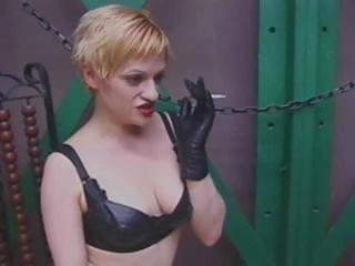 Blonde mistress in latex punishes Felix cause he's in trouble