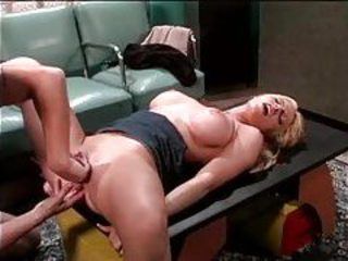 Great foreplay and fuck in classic flick tubes