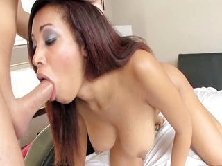 Exotic handsomeness Selena Ali loves to deepthroat