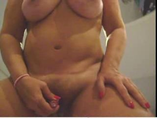 Amateur  Masturbating Mature Toy