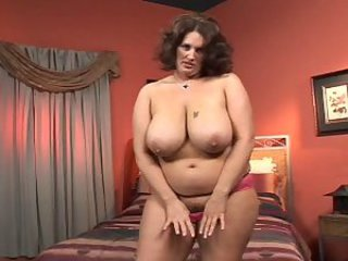 Big Tits Mature Natural