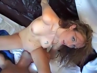 Amateur Facesitting Girlfriend Licking