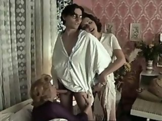 Blowjob Mature Mom Old and Young Threesome Vintage