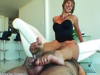 Facesitting Footjob