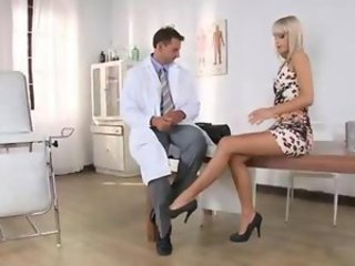 Babe Doctor Legs