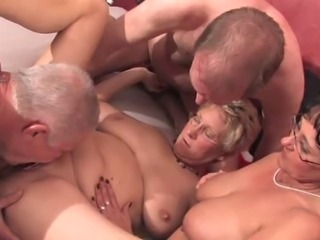 Amateur Groupsex Licking Mature Older  Swingers Wife