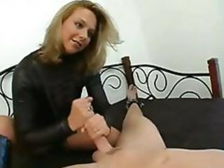 http%3A%2F%2Fwww.nuvid.com%2Fvideo%2F77534%2Fblonde-mistress-ties-him-to-the-bed-and-gives-a-hot-stroking-handjob