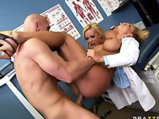 http%3A%2F%2Fwww.bigxvideos.com%2Fcontent%2F28164%2Fslutty-girl-and-fucking-machines-in-hardcore-action-full.html%3Fwmid%3D15%26sid%3D0