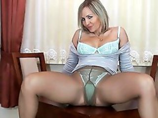 http%3A%2F%2Fwww.sunporno.com%2Ftube%2Fvideos%2F457922%2Ftight-ass-blonde-cougar-in-pantyhose-fingers-her-nookie-over-undies.html