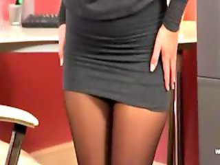 http%3A%2F%2Fwww.nuvid.com%2Fvideo%2F763419%2Fexclusive-blondie-babe-in-office