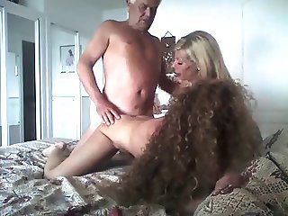Amateur Daddy Daughter Family Homemade  Mom Old and Young Threesome