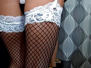 British slattern Jasmine gets fucked relative to fishnet stockings