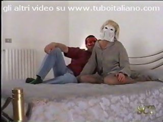 Coppia amatoriale sexy e porca la prima volta - Italian real amateur couple