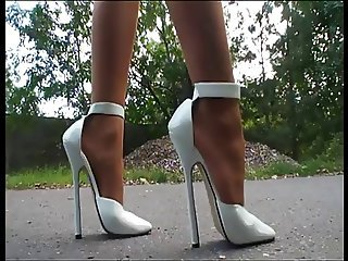 LGH - German Pantyhose + High Heels Alfresco