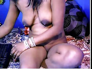 Indian Aunty 1206