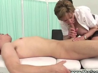 Milf Gives Explosive Oily Handjob