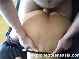 Sheila Filipino Amateur Gets A Pounding On The Couch
