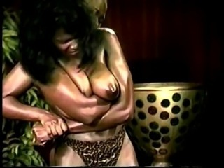 Ebony Ayes vs Tina Terifique: African Queens' Tits! - Ameman