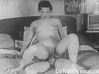 Amateur Homemade Riding Small Tits Vintage Wife