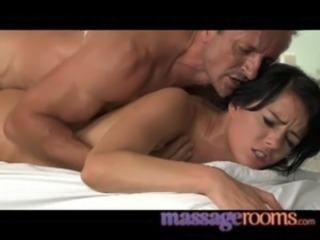 Creampie Massage Old and Young Teen