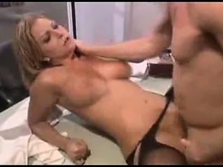 Blonde punctiliousness fucking her pussy