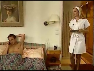 Z44B 916 Retro French Nurse