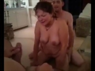 Amateur Cuckold Homemade Threesome Wife