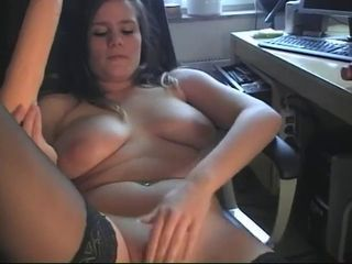 Amateur Chubby Girlfriend Homemade Masturbating  Toy