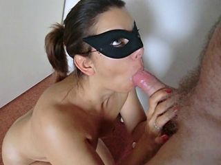 dutch get hitched gets a good facial and swallows